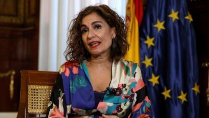 María Jesús Montero, ministra d'Hisenda i Funció Pública, durant l'entrevista concedida a l'agència informativa