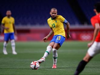 Dani Alves ha transformat el primer penal