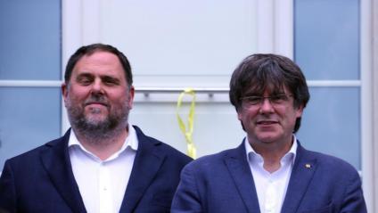 L'exvicepresident Junqueras i l'expresident Puigdemont, a Waterloo, al juliol
