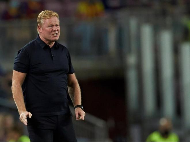 Koeman, visiblement enfadat durant el partit contra el Bayern de Munic al Camp Nou