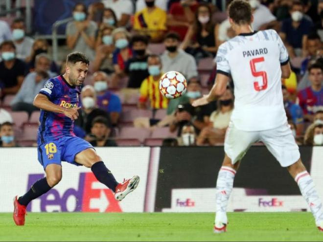 Jordi Alba en el partit contra el Bayern de Munic