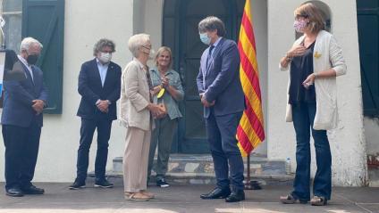 Puigdemont rep la medalla Carrasco i Formiguera a la casa del president Macià a Prats de Molló