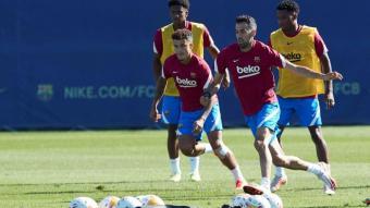 Coutinho, Busquets, Ansu i Balde, en la sessió d'ahir prèvia al partit contra el Granada