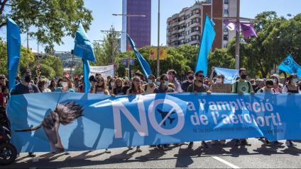 Clam contra l'ampliació del Prat
