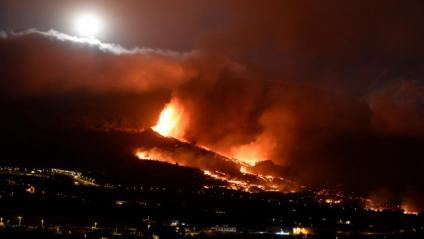 El volcà té una nova boca eruptiva prop del poble de Tacande, al Paso