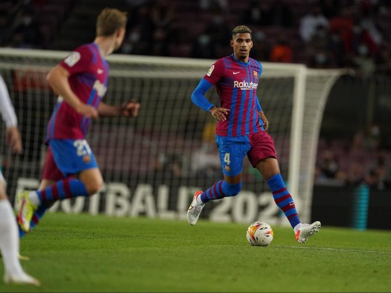Ronald Araujo, l'autor de l'únic gol del Barça contra el Granada