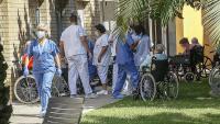 La residència Feixa Llarga de l'Hospitalet de Llobregat prepara als seus residents per proporcionar-los la tercera dosi de la vacuna contra la covid