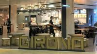 Zona comercial de l'aeroport de Girona