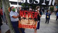 Pancarta amb la imatge de Puigdemont
