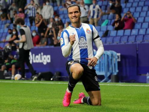 RDT, a qui van anul·lar dos gols en el VAR, celebra el gol del triomf