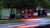 Grans cartells electorals mostren els principals candidats: l'ecologista Annalena Baerbock, el socialdemòcrata Olaf Scholz i el conservador Armin Laschet en una carretera de Berlín