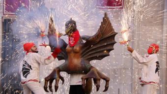 Un dels elements ballant durant l'acte del Seguici Petit de la festa major de Santa Tecla