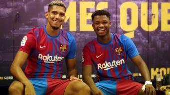 Ansu Fati i Ronald Araujo, dos dels futbolistes que més il·lusió transmeten ara mateix en aquest Barça