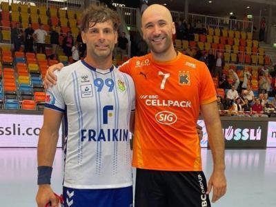 Antonio García i Joan Cañellas es van fotografiar plegats després del partit jugat a Schaffhausen