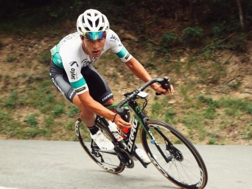 Marc Brustenga, en una cursa d'aquesta temporada amb el Caja Rural.