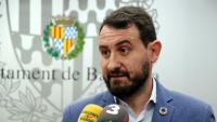 El líder socialista, Rubén Guijarro, diu que no li importaria liderar el relleu del popular Xavier García Albiol