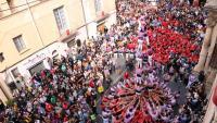 La Jove dels Xiquets de Tarragona carregant el 3 de 7 amb agulla