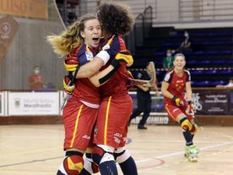 Busquets i Casarramona celebren un gol
