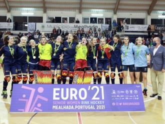 La selecció espanyola celebra el títol