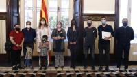Pla general de la recepció de la presidenta del Parlament, Laura Borràs, i altres membres de la Mesa a la família del refugiat afganès Feridoon Aryan