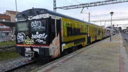 Comboi pintat a l'estació de Cervera, en una imatge d'arxiu