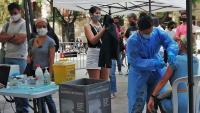 Imatge d'arxiu del punt de vacunació instal·lat a l'avinguda de la Catedral de Barcelona