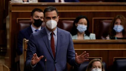 Sánchez rebatent ahir Pablo Casado en la sessió de control al Congrés