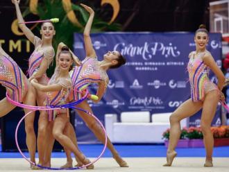Uma Méndez és la segona per la dreta