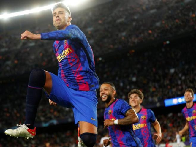 Piqué, eufòric, celebrant el seu decisiu gol
