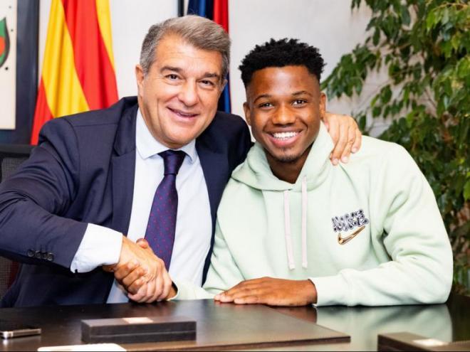 Joan Laporta i Ansu Fati es van reunir després del partit contra el Bayern per firmar el contracte