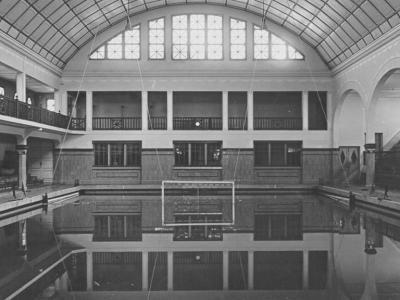 La recuperació de la piscina històrica de l'Escullera , ara en desús, serà una de les grans apostes del projecte i es destinarà principalment als salts de trampolí