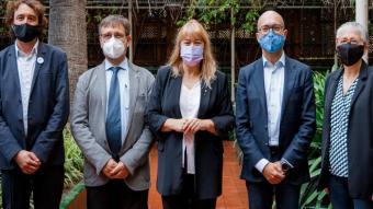 Garriga, al mig, amb els responsables de Política Lingüística del País Valencià, Catalunya, Andorra i les Illes